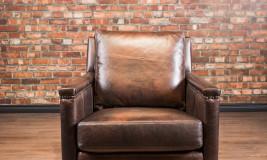 leather chair Hemingway chair