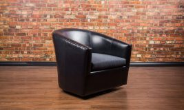 Treki Swivel Leather Chair