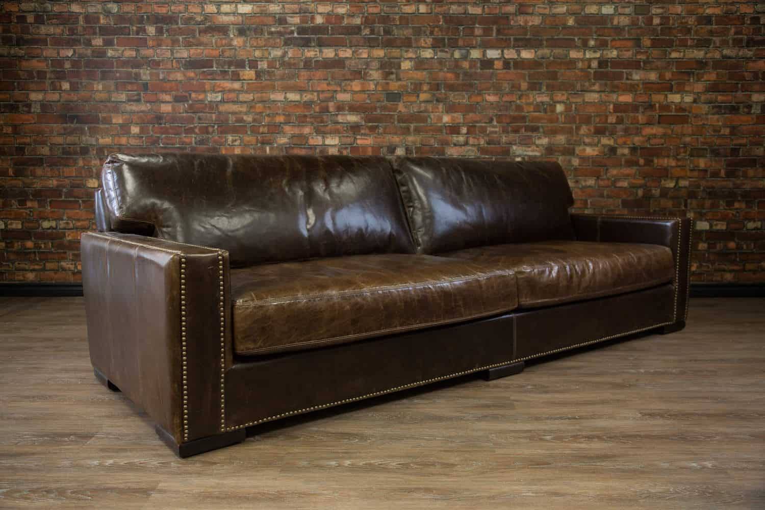Deep leather sofa canada sofa menzilperdenet for Couch vs sofa canada